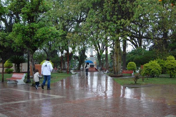 Anuncian lluvias hasta el miércoles con sólo 14°C de máxima