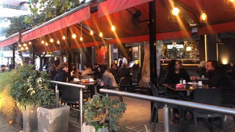 Se analiza la reapertura de los bares y restaurantes en Tucumán