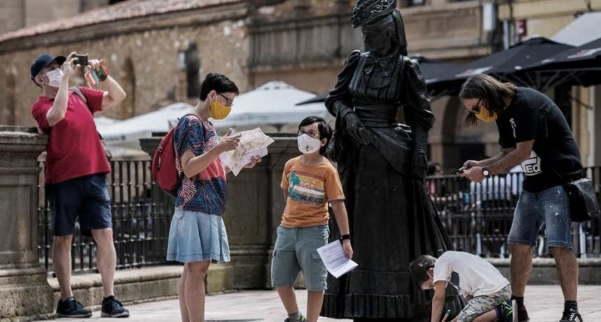 Ante el avance del coronavirus, Madrid estudia ampliar el confinamiento
