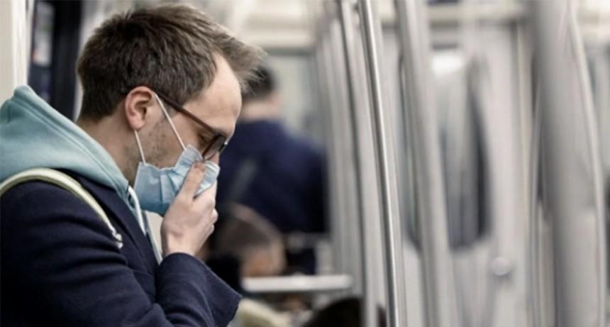 Universidades británicas suspenden clases presenciales por brotes de coronavirus